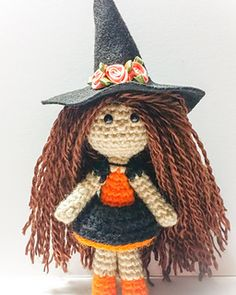 This Pdf tell you how to make each little piece of Helga The Tiny Witch & how to assemble.