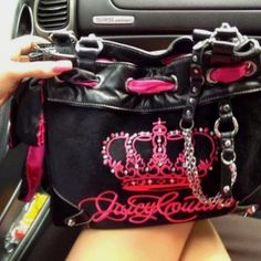 So hot!!! I love the colors!             Juicy couture purse ♥
