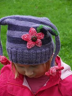 Knitted flowercap to my daughter.