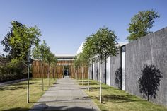 Gallery of F House / Pitsou Kedem Architects - 28