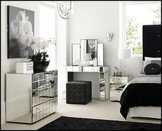 Google Image Result for http://1.bp.blogspot.com/-dtEA4b5Ezy0/TVxUuDERnJI/AAAAAAAAAeE/KwfjX2495uc/s1600/hollywood-style-bedroom-mirrored-furniture-decorating.png