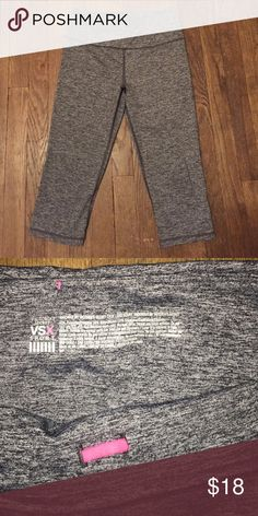 Knockout Crop By Victoria's Secret Never worn, Knockout Crop workout tight. In perfect condition! Victoria's Secret Pants Leggings