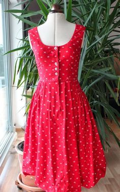 http://sewinggalaxy.blogspot.de/search?updated-max=2014-07-27T18:30:00+02:00