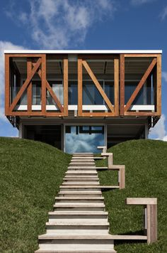 = wood sliders = The Takapuna House by Athfield Architects