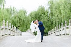 Shanghai prewedding shoot by Lily Chen Photography. Lily is a portrait and wedding photographer based in Shanghai. 丽莉是上海的婚纱婚礼摄影师. 上海婚纱拍照, 婚禮攝影。