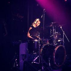 #drum #drumsticks #beataday #drummer #drummers #drumming #evansdrumheads #vicfirth #musician #bassguitar #guitar #recording #pearldrums #recordingstudio #bateria #drumkit #batterie #batteria #percussion #drumset #myzildjian #worldbestdrummers #moderndrummer #drumporn  #gospelchops #groove #vf15 #tamadrums #tama @zildjiancompany @remopercussion @officialtamadrums @vicfirth @desadoubleking @travisbarker @famousstarsandstraps by giulia_bacc_