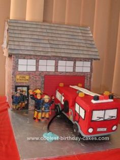 Awesome Homemade Fireman Sam Fire House and Fire Engine Cake Cool Birthday Cakes, 3rd Birthday, Fire Engine Cake, Fire Fighter Cake, Fire Cake, Cool Fire, Fireman Sam, House Cake, Firefighters