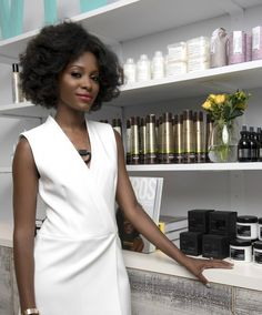 Let me introduce you to Vivrant Beauty. A fabulous, chic Harlem based beauty boutique that not only houses major makeup...