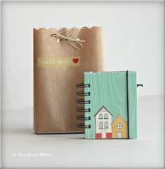 Libreta de notas con su bolsa de regalo Notebook, Coffee, Purse, Gift, Kaffee, Cup Of Coffee, The Notebook, Exercise Book, Scrapbooking