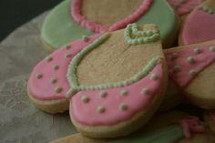 No Spread Sugar Cookies (Cookie Cutter Recipe) - Recipe Detail - BakeSpace.com
