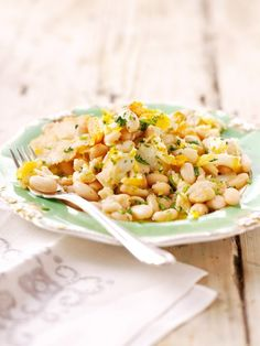 Smoked cod and canellini beans - Nigella Cod Recipes, Bean Recipes, Fish Recipes, Seafood Recipes, Cooking Recipes, Healthy Recipes, Cooking Time, Delicious Recipes, Healthy Food