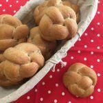 Sós rúd | mókuslekvár.hu Hamburger, Potatoes, Bread, Vegetables, Food, Potato, Brot, Essen, Vegetable Recipes
