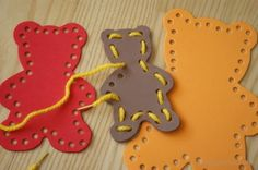 Przewlekanki bez igły- Trzy misie Foam Lacing Shapes- three bears DIY Toddler Crafts, Crafts For Kids, Goldilocks And The Three Bears, Activity Board, Pre School, Childcare, Preschool Activities, Montessori, Little Ones