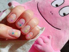 แต่งจุดสีพาสเทลและสีนีออนลงบนเล็บสีนู้ด หวานๆ เบาๆ แต่ยังมีความคัลเลอร์ฟูล Colorful Nail, Nail Colors, Nails, Beauty, Short Nail Manicure, Colorful Nails, Finger Nails, Ongles, Beauty Illustration