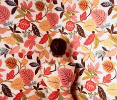 At first glance, Cecilia Paredes' artwork just looks like pictures of particularly colourful wallpaper. But look a little closer and the bold, floral images start to take on a human form. Photographie Art Corps, Body Art Photography, Land Art, Art Design, Art Plastique, Oeuvre D'art, Backdrops, Drawing, Abstract