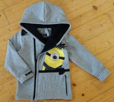 I had leftover sail ring from my curtains and that gave me idea for this! It's all about details, isn't it ? 😂 Minion-hoodie for my son. Minions, Sailing, Give It To Me, Curtains, Hoodies, Ring, Boys, Crafts, Fashion