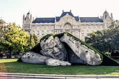 A destructive monster appears to be on the loose in Budapest's Szechenyi Square - I need to go to Budapest! Grasham Palace