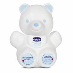 Gel de banho líquido com aloé vera e camomila, a embalagem tem uma simpática figura de um urso. Máxima suavidade para a pele do bebé, sem sabão. Diluir com água, enxaguar após a utilização.  Ler mais sobre Gel de banho líquido Chicco Natural Sensation por farmaciaturcifalense.com