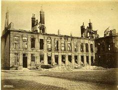 L'arsenal. Mai 1871. La commune.
