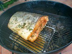 2,8 kg di salmone affumicato con mesquite,rub sale pepe erba cipollina,waterpan con vino moscato