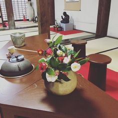 Today's flowers for tea and the utensils.  #Gangoji #nara #teaceremony #matcha