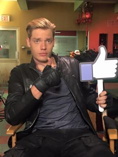 The Mortal instruments is being turned into a TV show. And in this picture we see the guy who is portraying Jace.