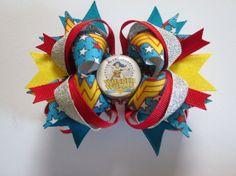 Wonder Woman  girls stacked bottle cap bow, nerdy, DC comics