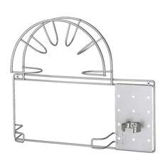 VARIERA Soporte para tubo de aspiradora IKEA Puede montarse dentro de un armario para tener la aspiradora bien guardada y ordenada.