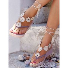 Choies White Floral Crochet Toe Ring Barefoot Sandals ($4.90) ❤ liked on Polyvore featuring shoes, sandals, gold, floral sandals, white floral shoes, gold shoes, macrame shoes and white sandals