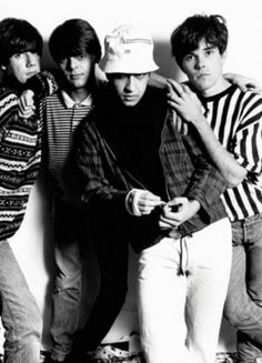 http://britpopnews.com The Stone Roses For my next holiday I am going to get a bucket hat