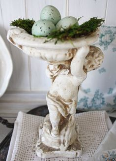 Spring Decorating- Itsy Bits And Pieces