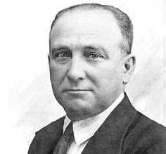 (Madrid, 1869-París, 1946) político y sindicalista español, presidente del gobierno (1936-1937), uno de los principales dirigentes socialistas de su país en la primera mitad del siglo XX. DIRIGENT...