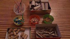 Ideas Montessori para niños de 1 a 2 años. DIY y mucho más. — Infant Activities, Activities For Kids, Baby Hug, Montessori Toddler, Baby Education, Learning Centers, Playroom, Children, Ideas Para