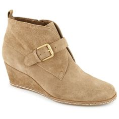 Put a perfect polish on your look with the Amerosa women's bootie from Franco Sarto®