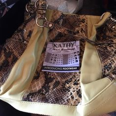Kathy van Zealand purse with detachable keychain Great colors for fall only used a few times Kathy Van Zeeland Bags Shoulder Bags
