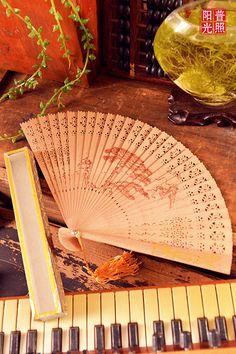 Vintage sandalwood hand fan n1114 by SewSir on Etsy