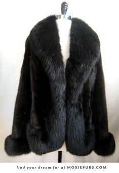 a1230b045 703 Best Vintage fur coats to swoon over images in 2019 | Vintage ...
