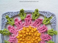 Crocodile Flower Square Round 8 Complete Block The Crocodile Flower {Photo Tutorial} Crochet Pony, Crochet Yarn, Cute Crochet, Crochet Square Patterns, Crochet Blocks, Crochet Stitches Patterns, Crochet Squares, Granny Squares, Crochet Mandala