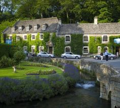 Bibury: το πιο όμορφο χωριό της Αγγλίας   flust.gr