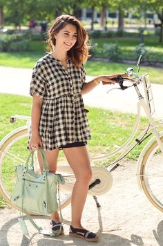 Helloitsvalentine_Anthropologie_look_bike_8