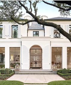 Get inspired with our selection of amazing houses. For more inspiration just visit spotools.com Classic House Exterior, Classic House Design, Home Design, Iron Windows, Black Windows, Steel Windows, Ceiling Windows, Big Windows, Steel Doors