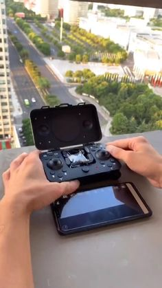 New Technology Gadgets, High Tech Gadgets, Gadgets And Gizmos, Electronics Gadgets, Drone Technology, Gadgets Techniques, Nouveaux Gadgets, Cool Gadgets To Buy, Hacks Videos