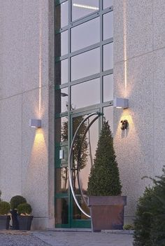 Authentieke wand buitenlamp Bealos - Boven / onder op Lampgigant. ✓ Snel gratis bezorgd ✓ Veilig online bestellen ✓ Ook voor bedrijven!