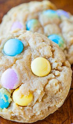 Soft and Chewy M&M Cookies - Super soft and buttery cookies that everyone loves! Fast, easy, and guaranteed to disappear quickly! Perfect for springtime, Easter, and Mother's Day!
