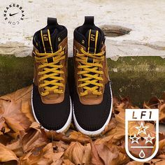 #nike #nikelunar #nikelunarforce #nikewinter  Nike Lunar Force 1 Duckboot - The Nike Lunar Force 1 Duckboot is made especially for the winter time. With a watershield upper and high quality leather. It's protecting you from the winter temperatures and rain.  Now online available | Men's priced at 179.99 EU | Sizes 39 - 47.5 EU