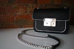 Black & silver Michael Kors crossbody bag perfect for day or night Michael Kors Crossbody Bag, Life Is Tough, Michael Kors Jet Set, Black Silver, Chic, My Style, Bags, Night, Fashion