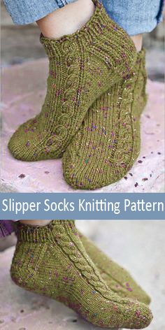 Pavo Slipper Socks – Knitting Pattern – Knitting Patterns For Kids Knitted Slippers, Slipper Socks, Crochet Slippers, Knit Crochet, Crochet Stitches Patterns, Knitting Patterns Free, Free Knitting, Baby Knitting, Knitting For Kids