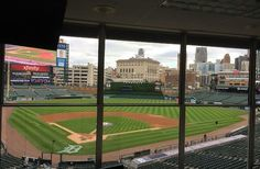 The Oakland Press Blogs: Out of Left Field: Tigers take on Indians for Saturday's Game 2 of AL Central showdown series