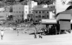 Old Pictures, Old Photos, Lost Paradise, Art Deco Buildings, Cape Town South Africa, Most Beautiful Cities, Live, Places To Go, Surfers