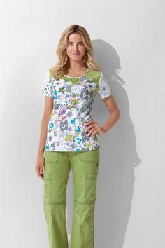 Abigail in her scrubs for work as a nurse Cute Nursing Scrubs, Cute Scrubs, Scrubs Outfit, Scrubs Uniform, Stylish Scrubs, Nurse Bag, Medical Scrubs, Fashion Prints, Work Wear